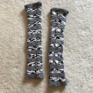 Accessories - Gray knit leg warmers